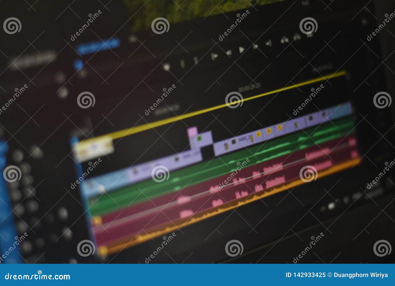Foto borrada do vídeo do espaço temporal e dos sons da ferramenta de edição video