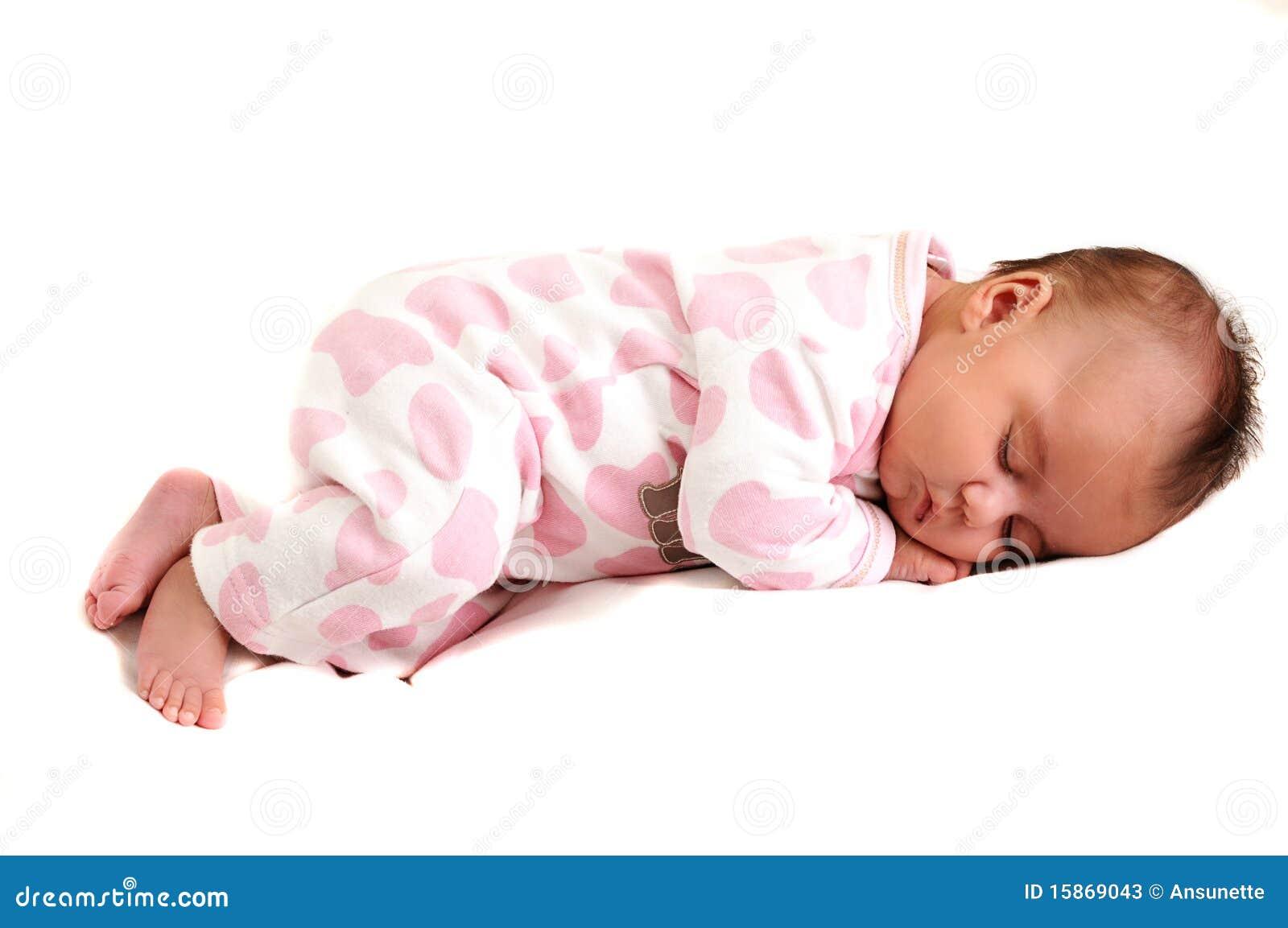 Foto cheia do corpo do bebê recém-nascido calma e do sono