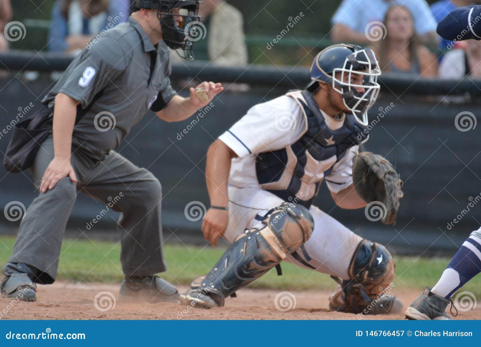 Foto de la acci?n del juego de b?isbol de la liga de b?isbol de Intercounty
