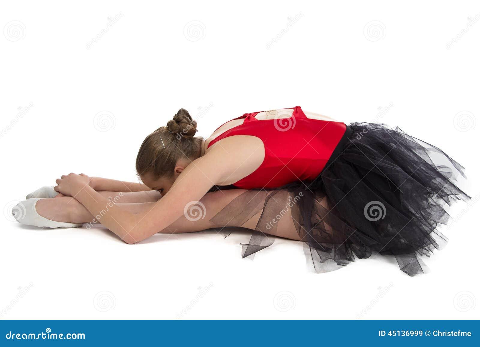 Foto de la bailarina joven en el entrenamiento
