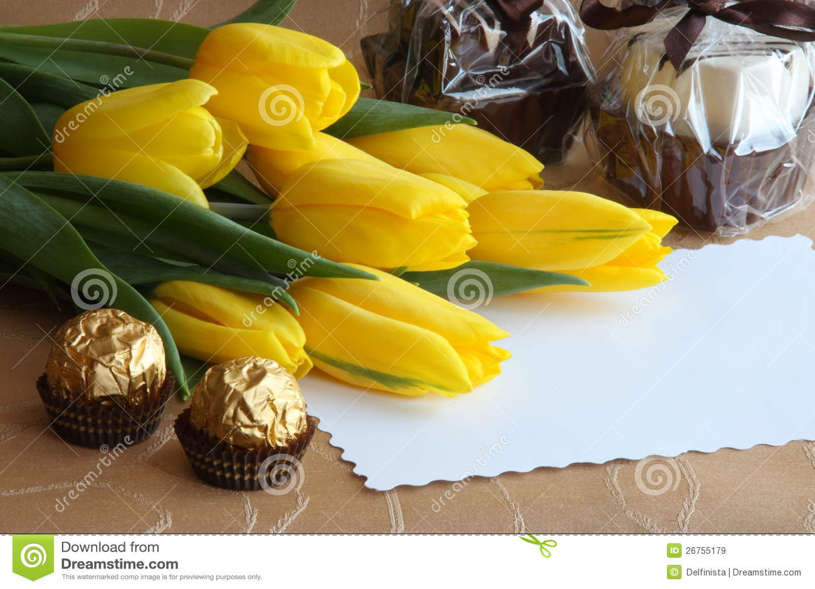 Foto de papel de tarjetas del regalo de los tulipanes del día de tarjetas del día de San Valentín