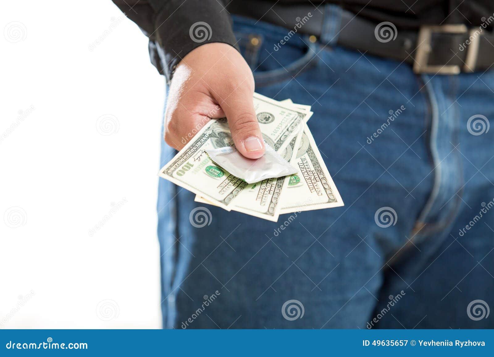 Foto des jungen Mannes zahlend für Prostituiertservice