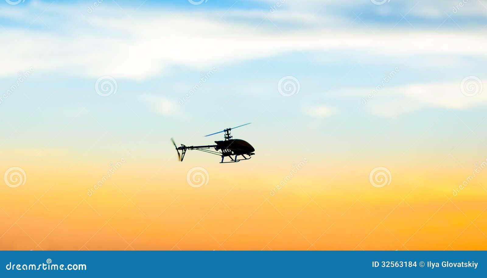 Foto di un elicottero di RC