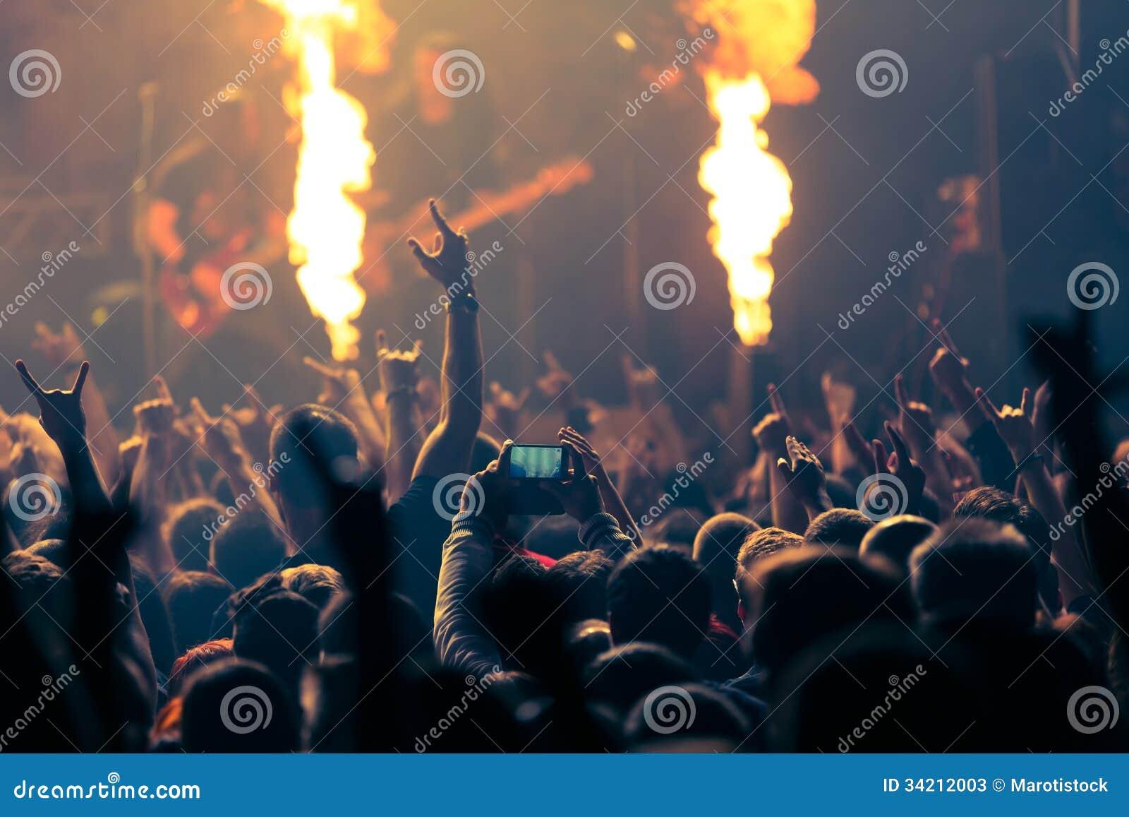 Foto do concerto de rocha