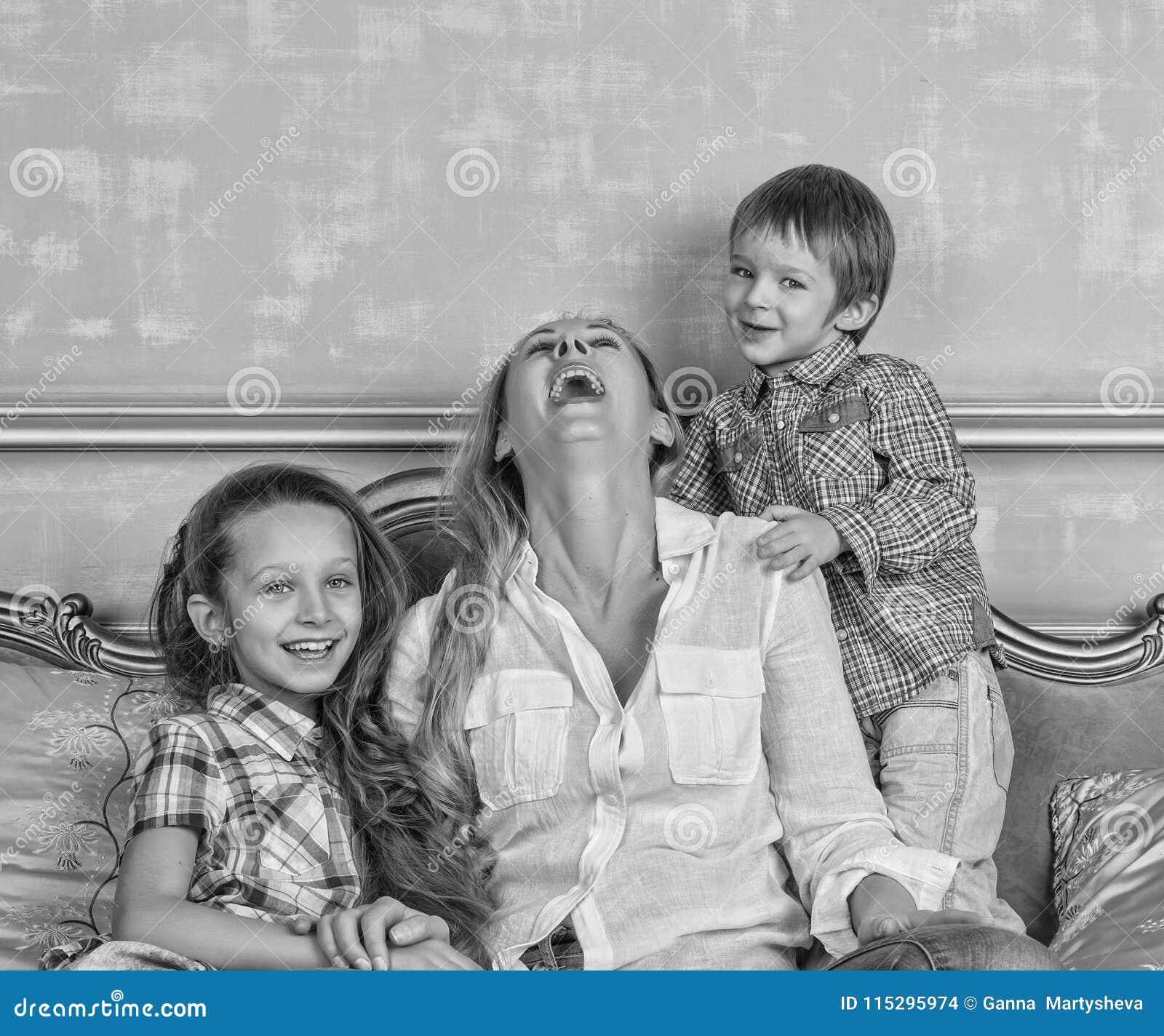 Foto preto e branco, família, feliz, dia do ` s da mãe, dia da família,