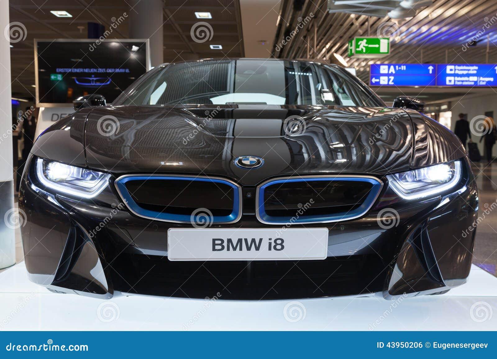 Foto Van De Zwarte Bmw Auto Van De Reeksi8 Innovatie Redactionele