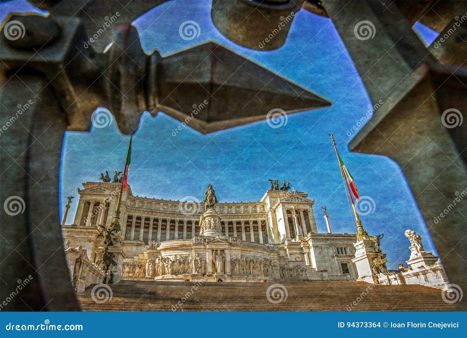 Foto vieja con la vista del monumento nacional a Victor Emmanuel
