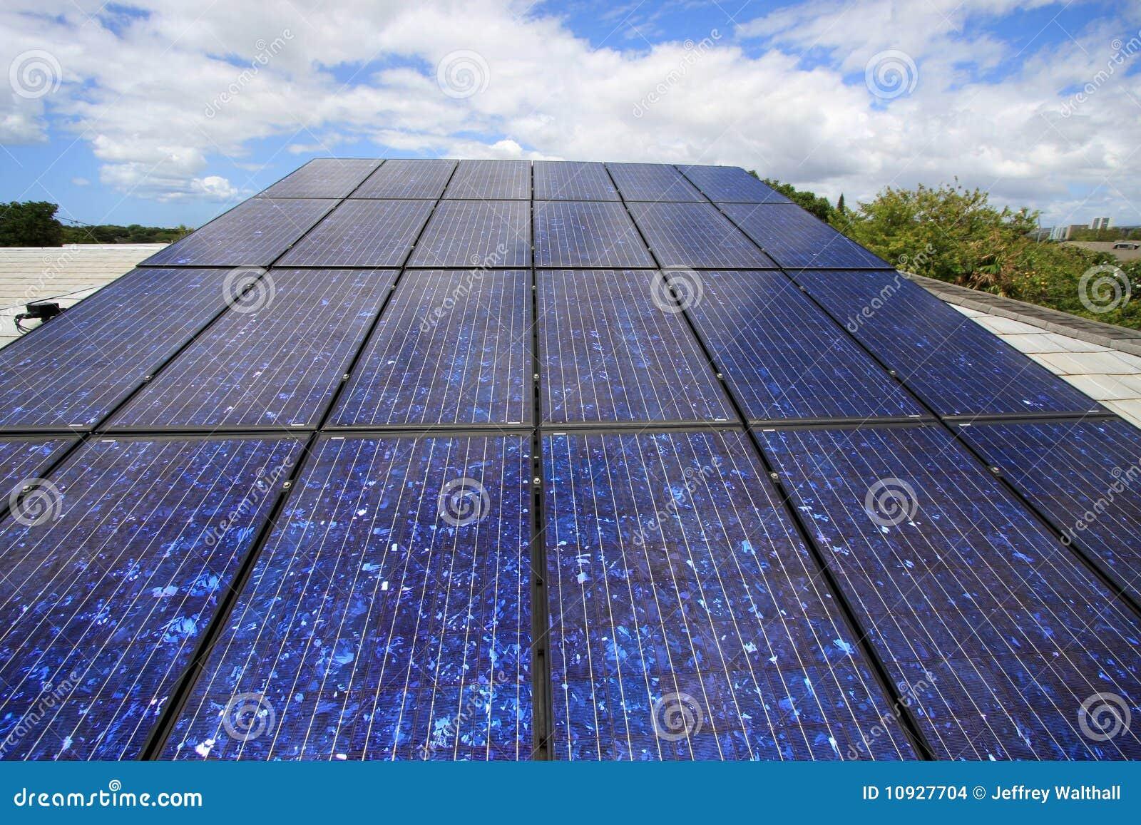 Foto-voltaisches Solar auf Haus