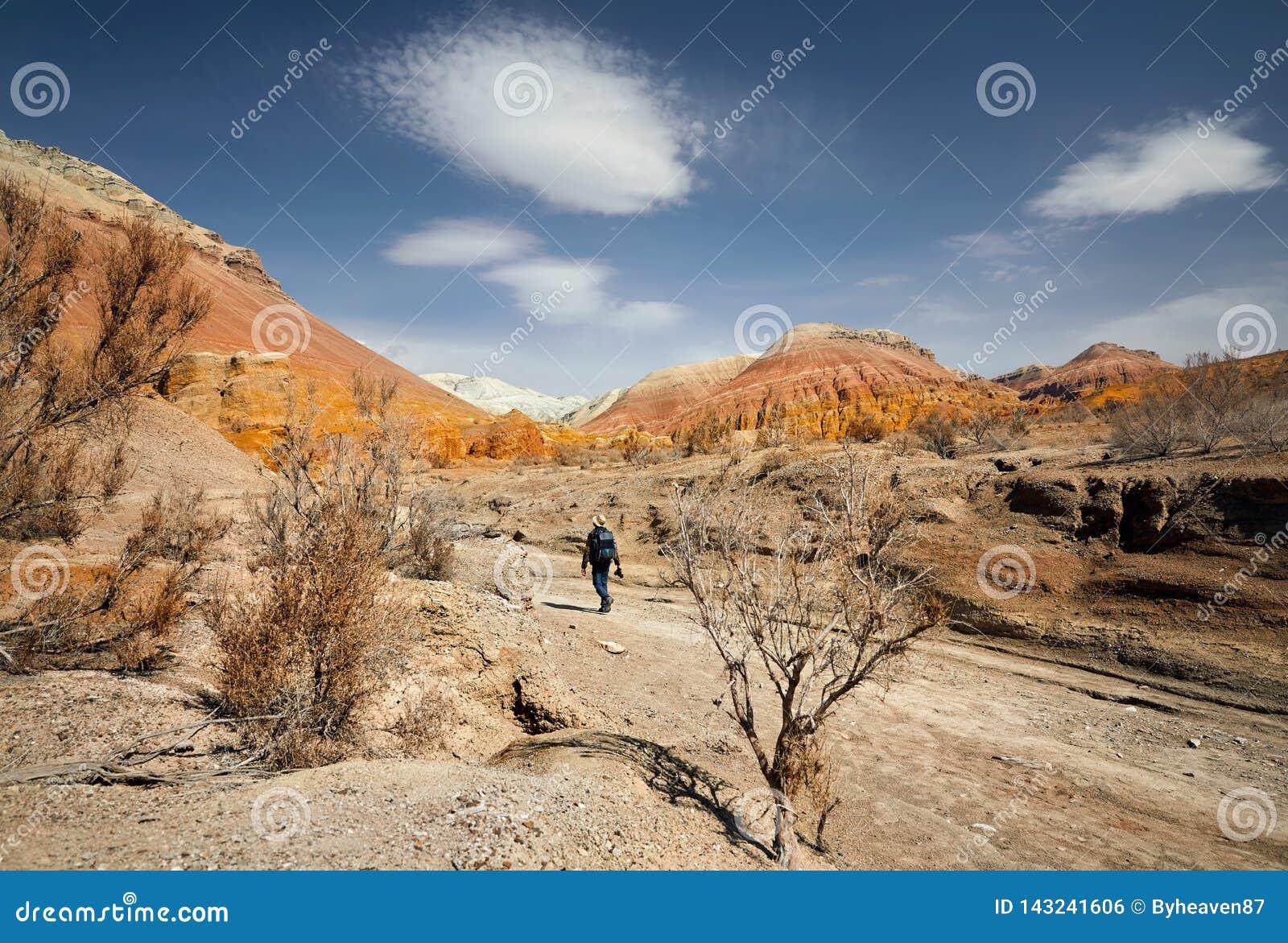 Fotograaf in de woestijn