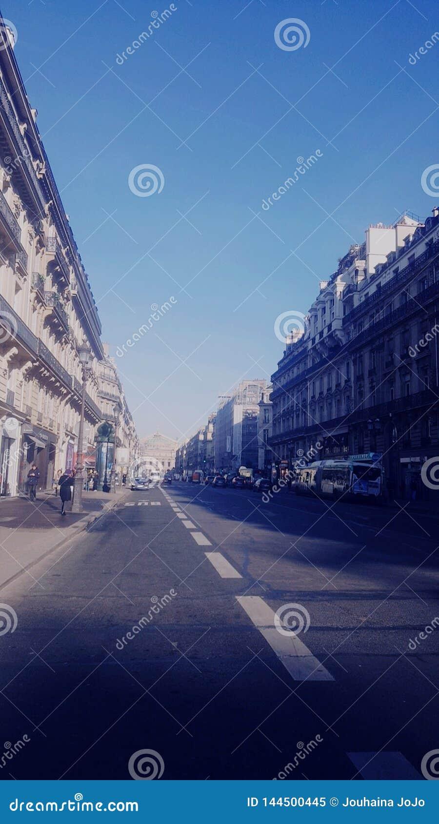 Fotografia della via a Parigi