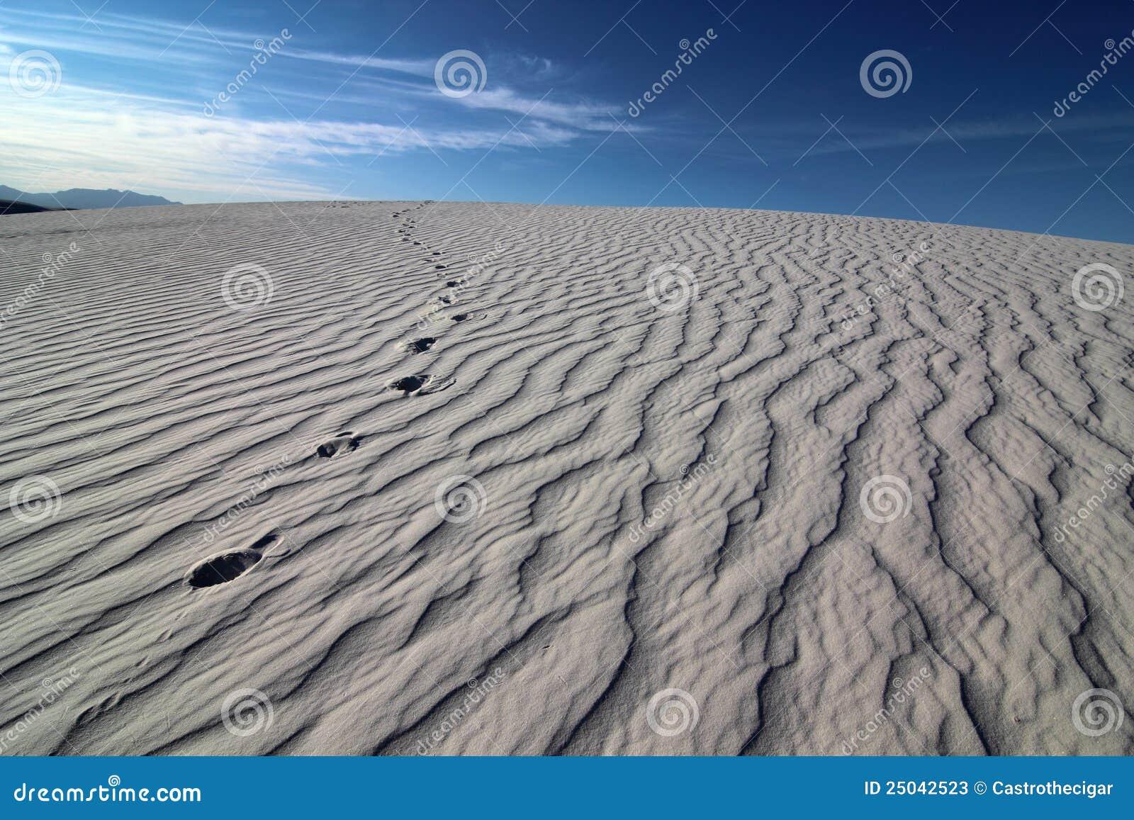 Fotspår sand texturerat