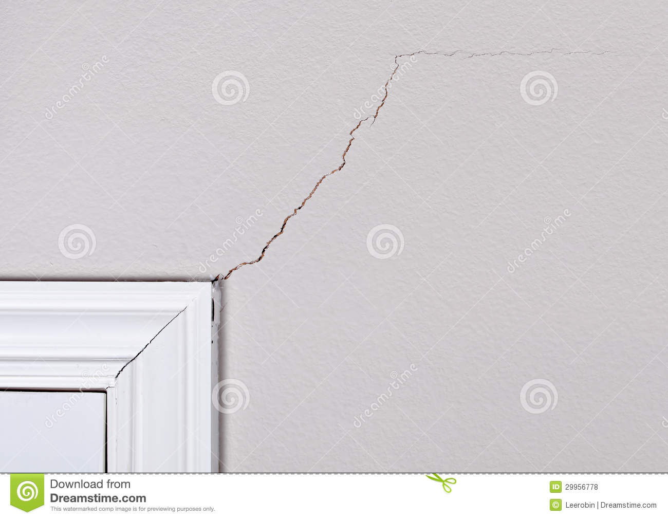 Cracks On The Wall Royalty Free Stock Photos Image 29956778