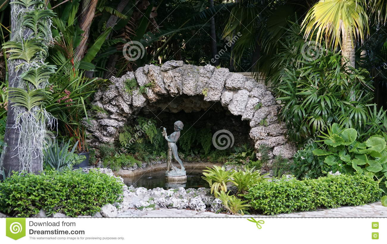 Fountain In Ann Norton Sculpture Gardens, West Palm Beach, Florida ...