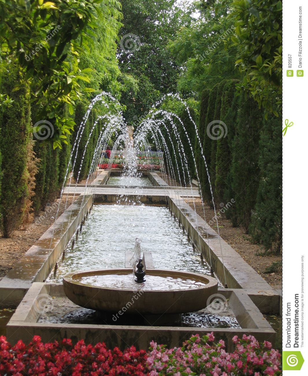 Fountain In Garden Royalty Free Stock Photography Image
