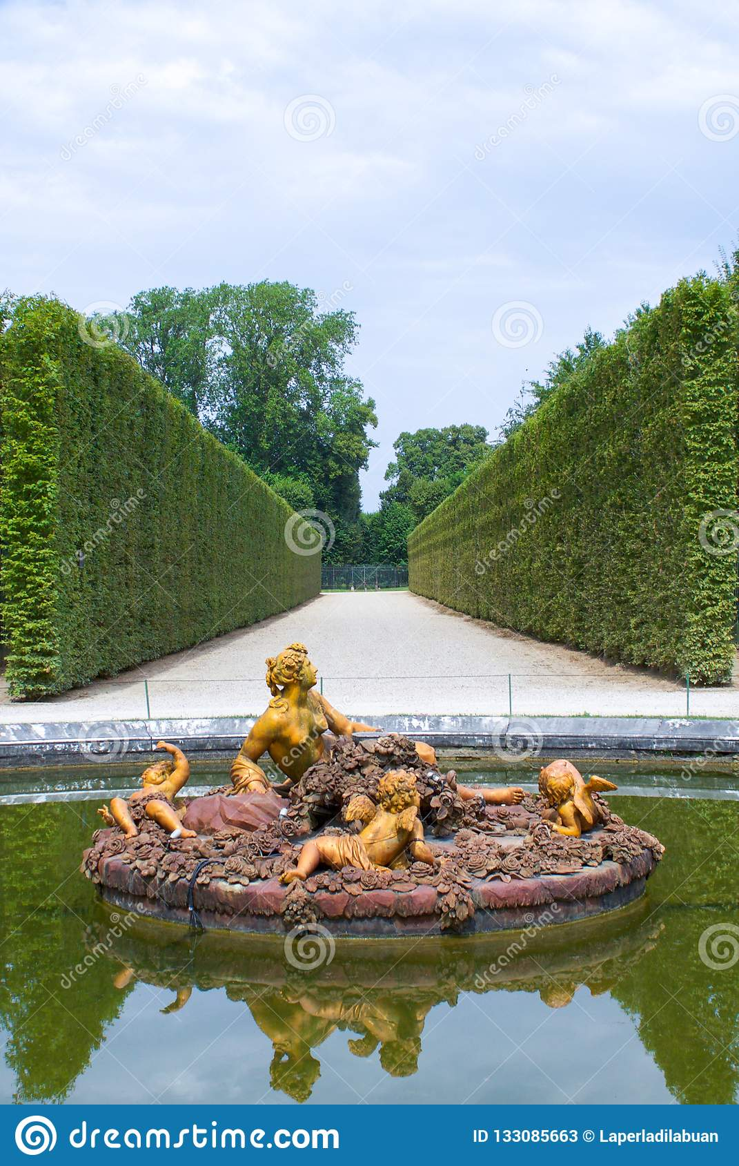 Fountain In The Gardens Of Versailles Palace Editorial Stock
