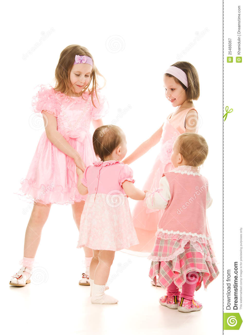 Four friends in a pink dress plays