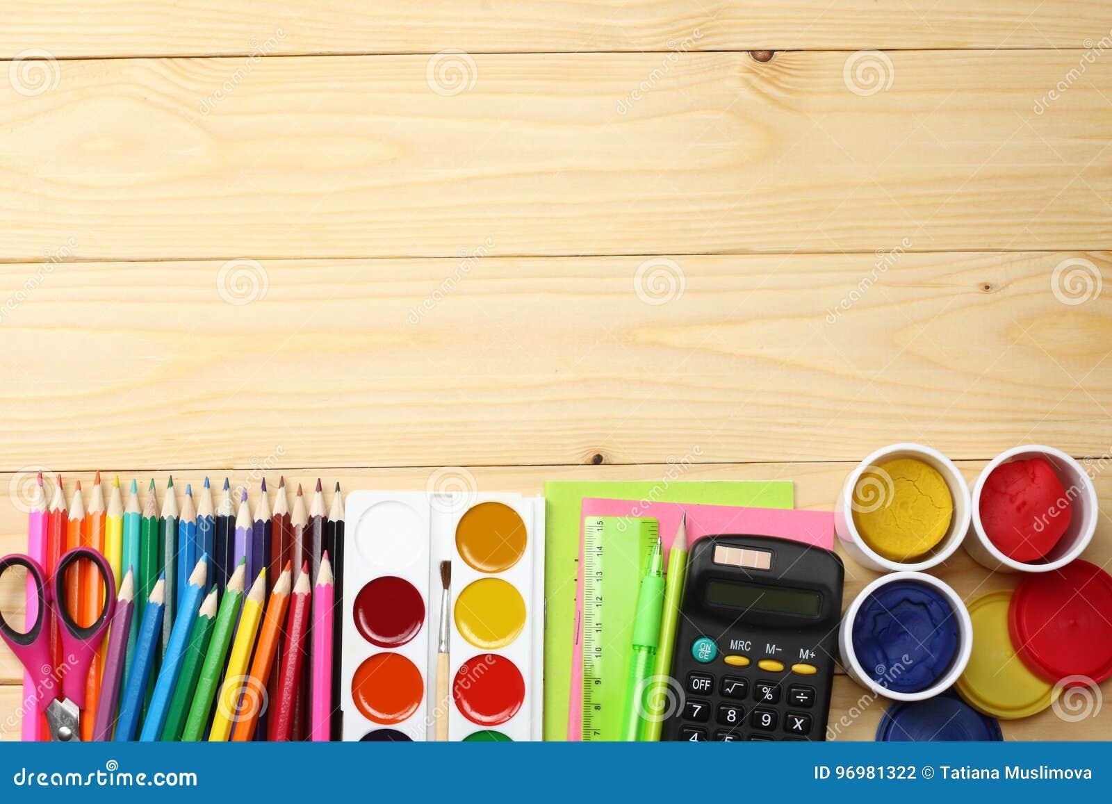 Bureaux et accessoires pour enfant ado étudiant et adulte