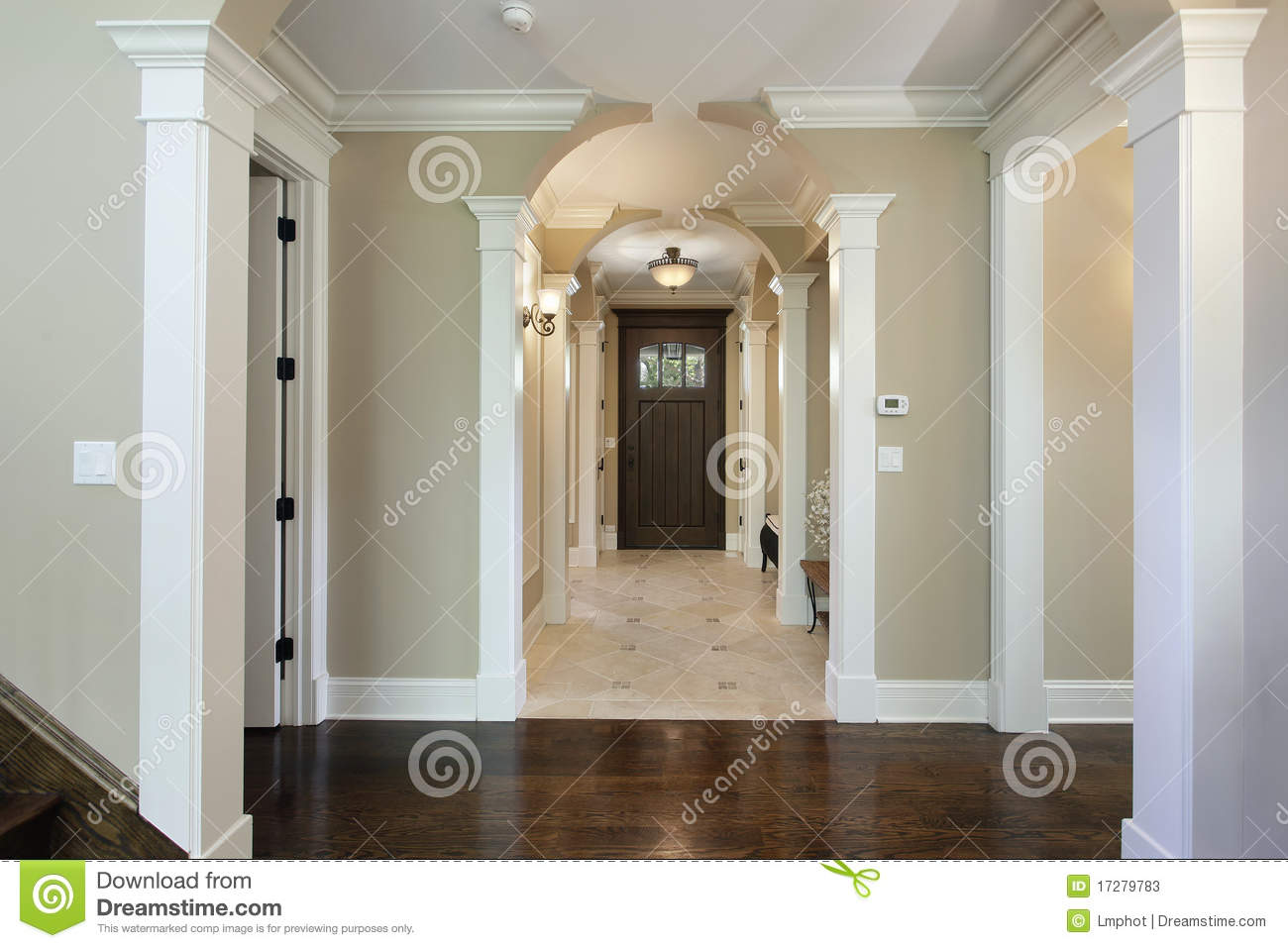 Foyer With Arched Entry Stock Photos Image 17279783