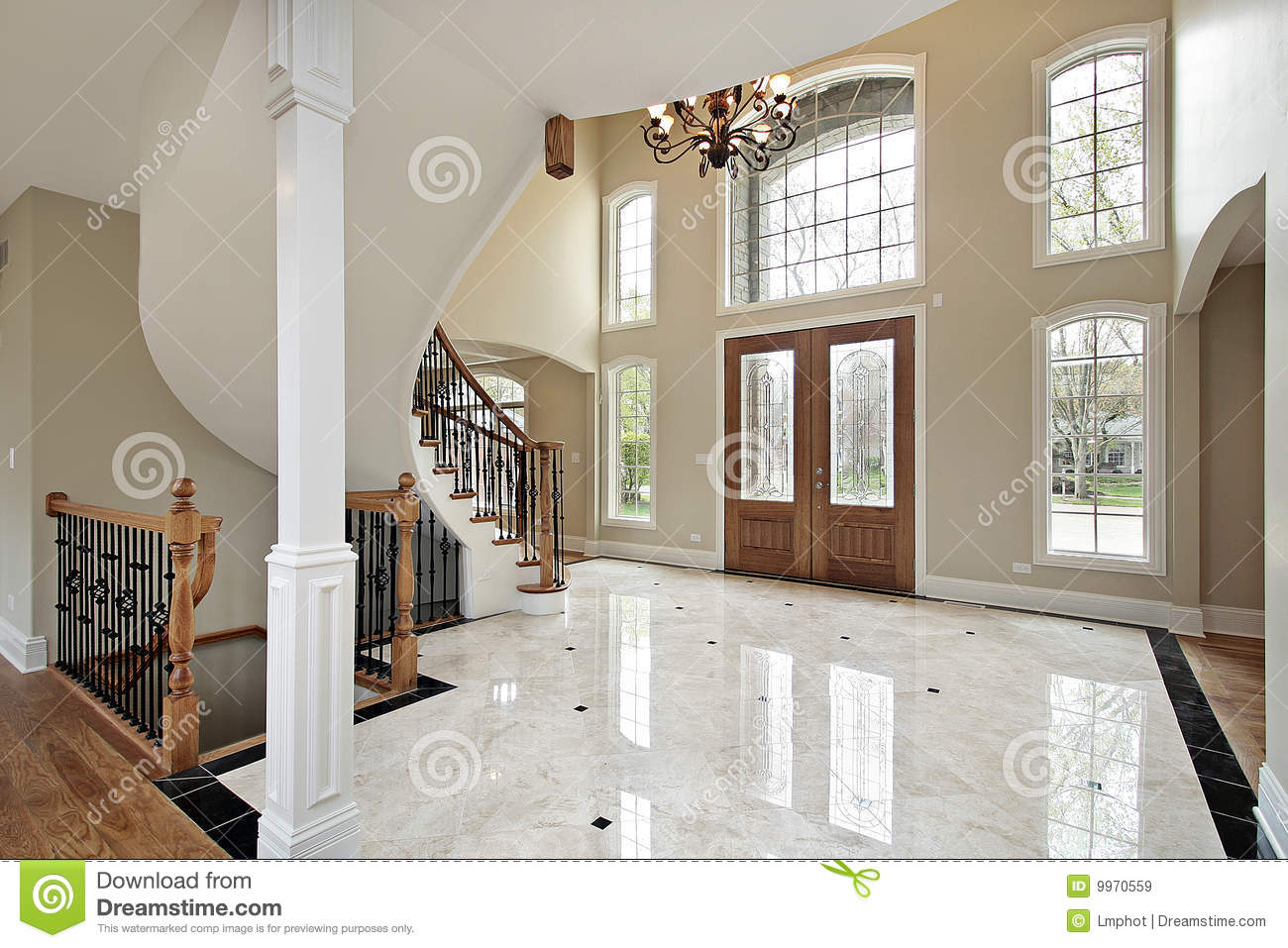 Foyer And Circular Staircase Royalty Free Stock Images