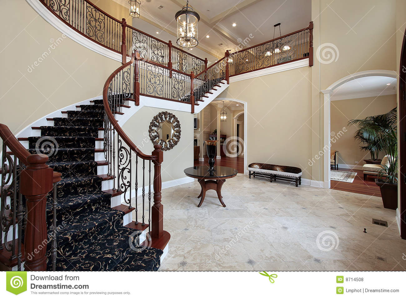 Foyer in luxury home royalty free stock photos image for Free luxury home images