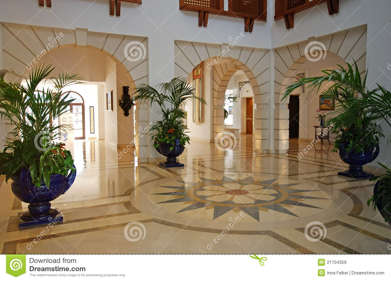 Foyer In Luxury Mansion Royalty Free Stock Images Image