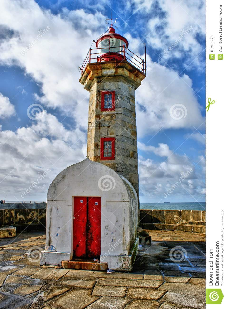 Foz do Douro lighthouse