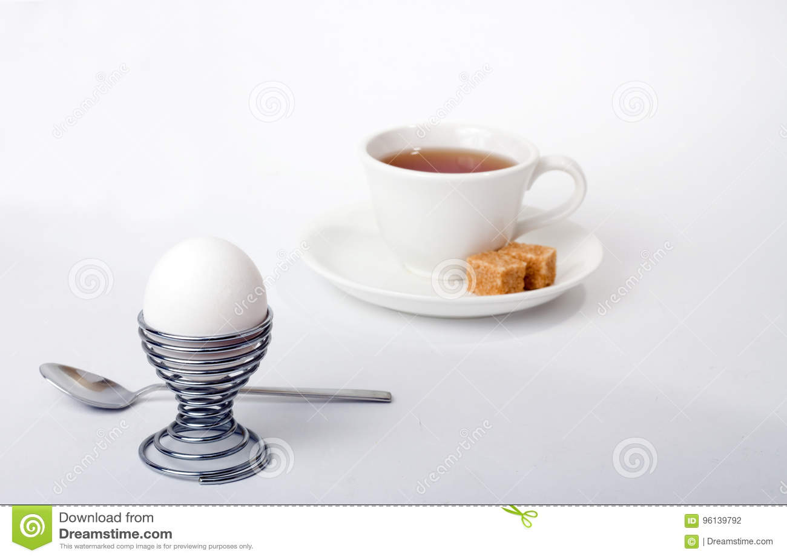 Frühstück auf Weiß