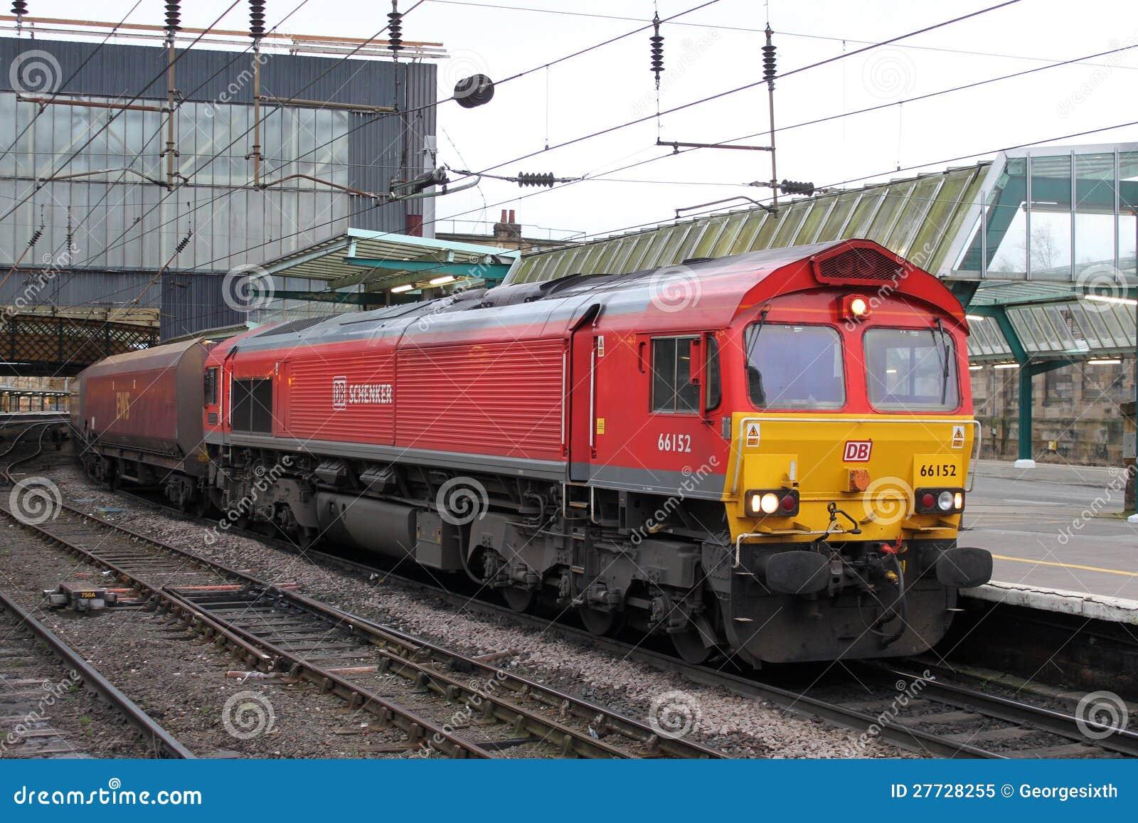 Frachtlokomotive der Kategorie 66 in Carlisle.