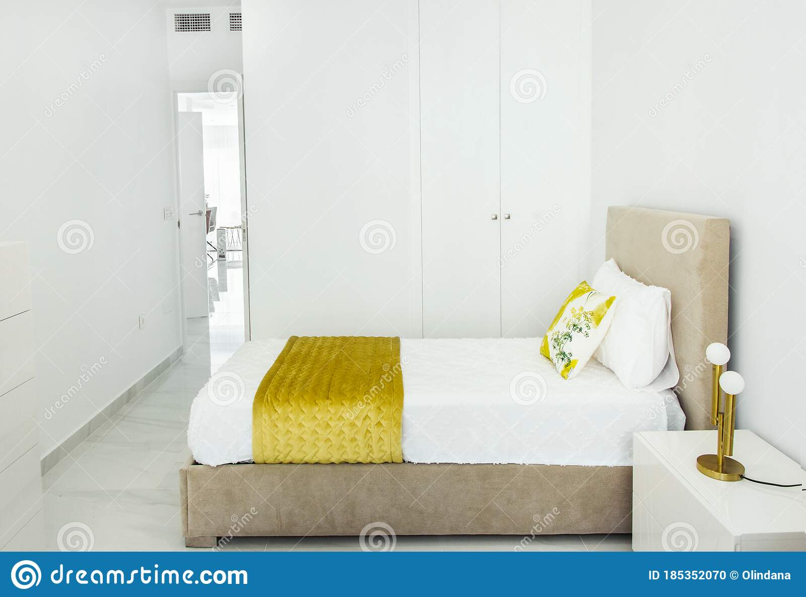 4 305 Yellow Interior Design Modern Bedroom Photos Free Royalty Free Stock Photos From Dreamstime
