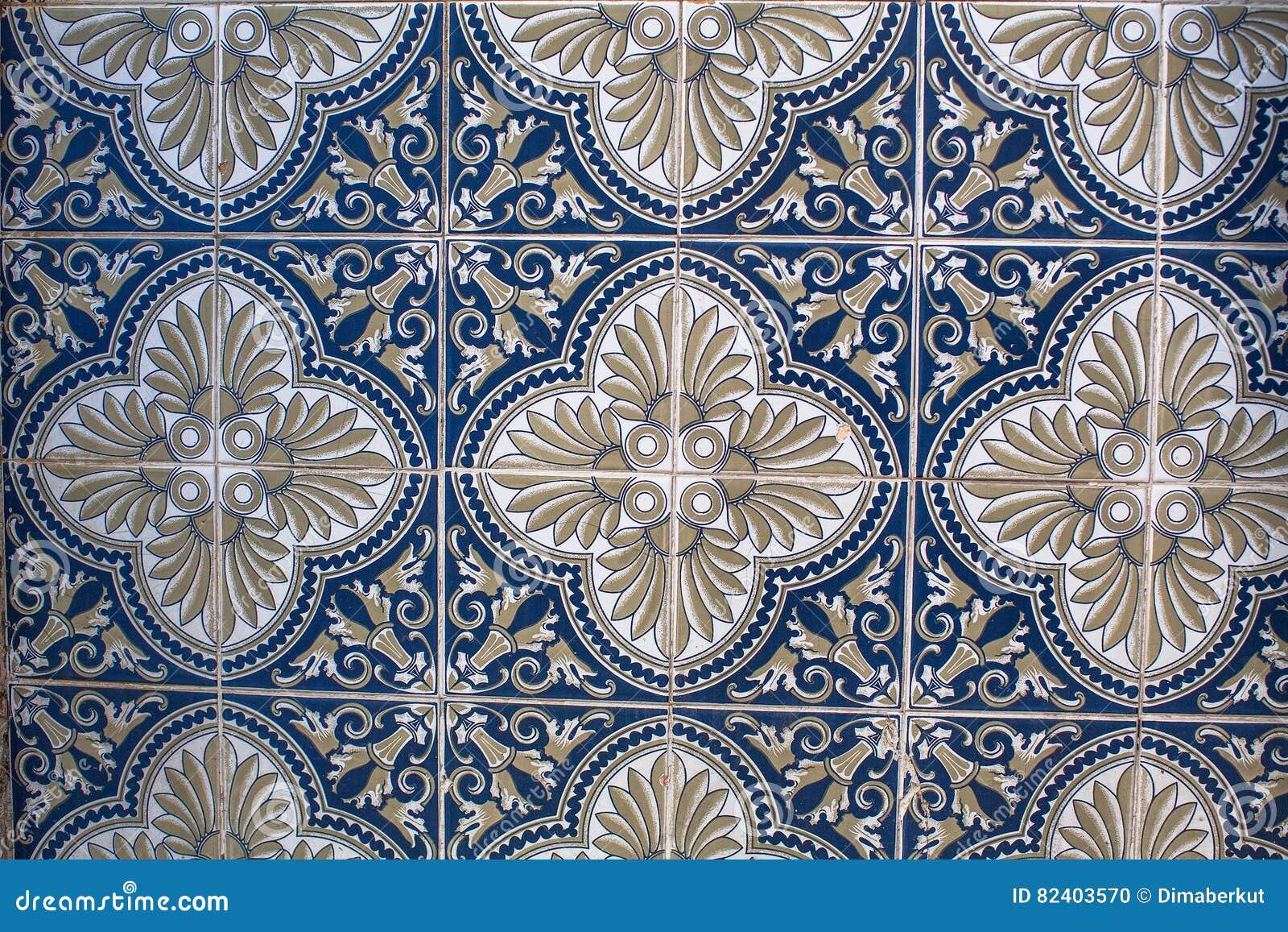 Tegels Met Patroon : Fragment van portugese traditionele tegels azulejo met patroon in