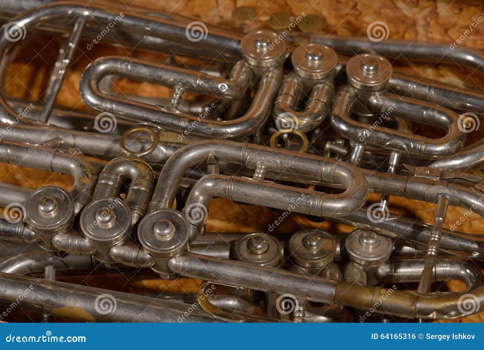 Fragment vier trompet in doos