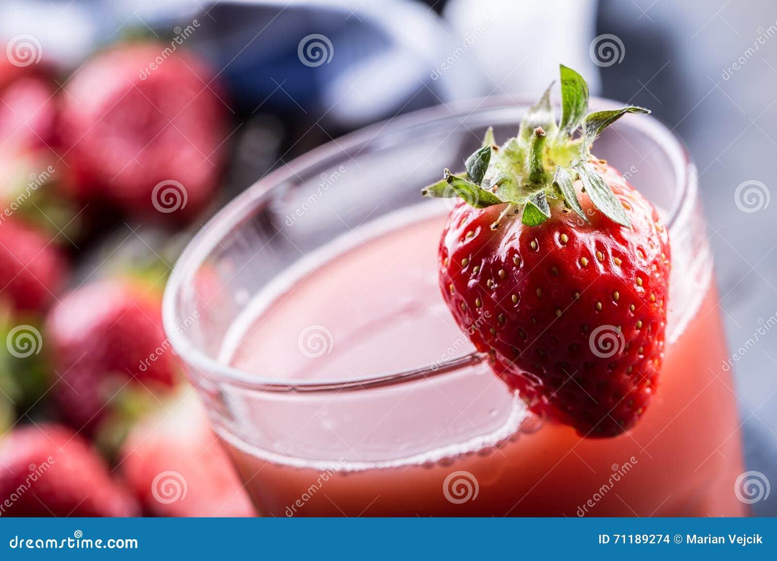 Fragola Fragola fresca Strewberry rosso Succo della fragola Fragole senza bloccare poste nelle posizioni differenti