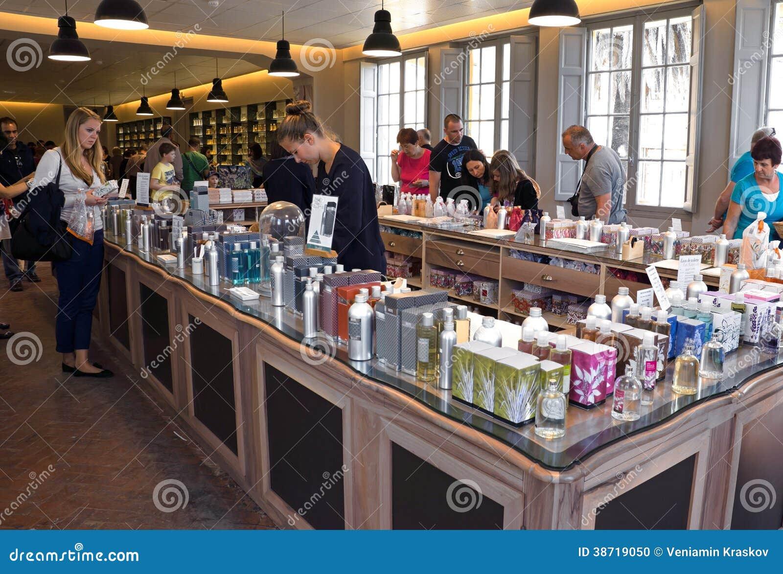 Fragonard Parfüm Shop Redaktionelles Bild Bild Von Schmieröl 38719050