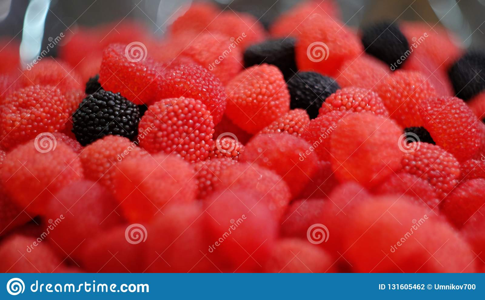 Frambozen rode en zwarte marmelade