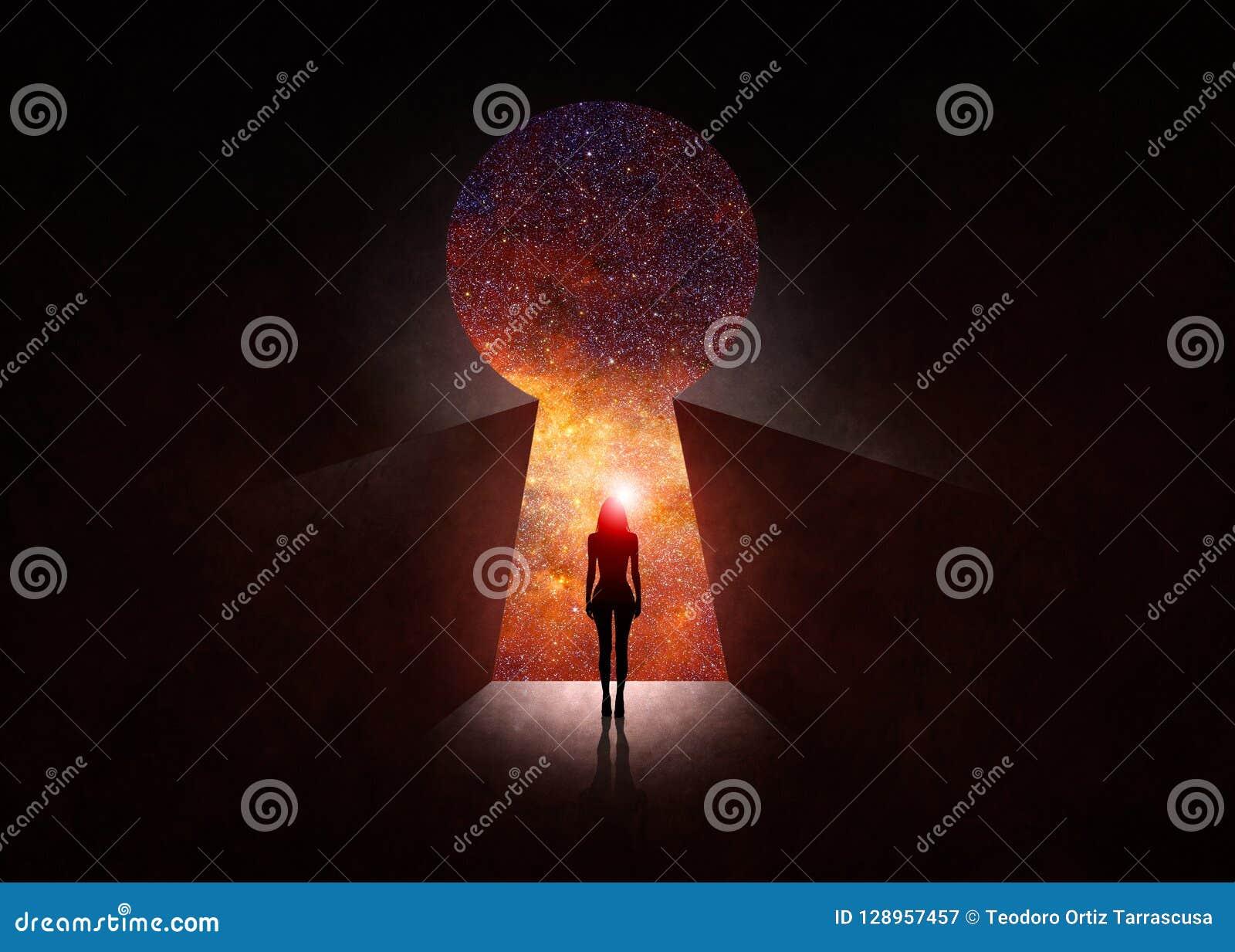 Framdel av den öppna dörren med universum bakom