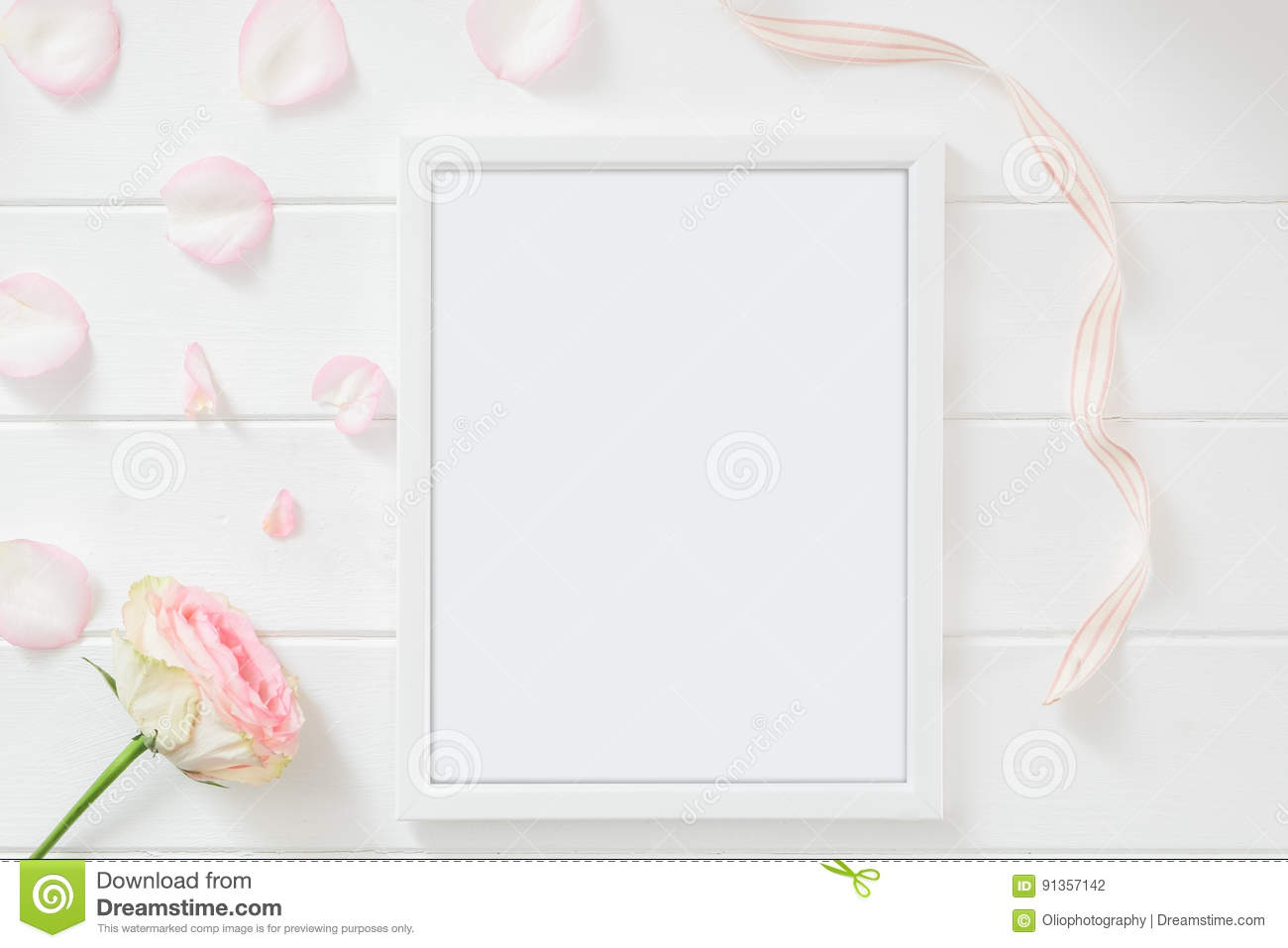 39b16943069b Frame Mockup Floral Styled Stock Photograph Stock Photo - Image of ...