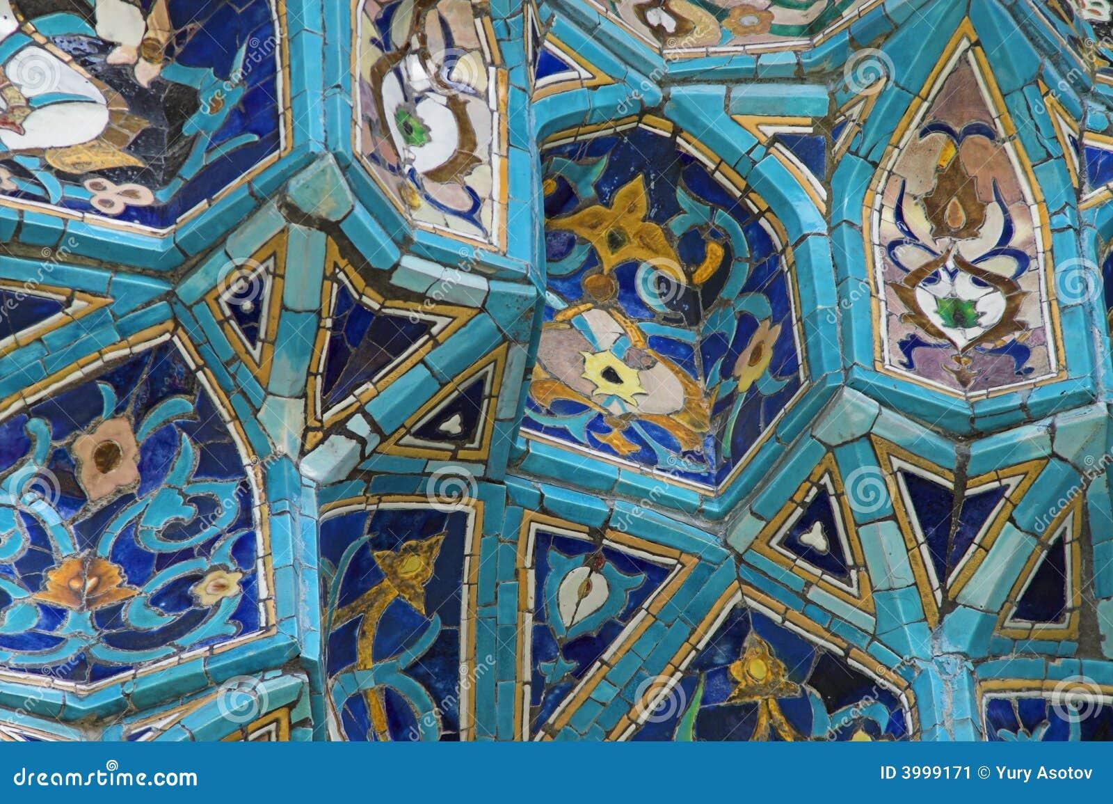 Frammento della parete coperta di tegoli