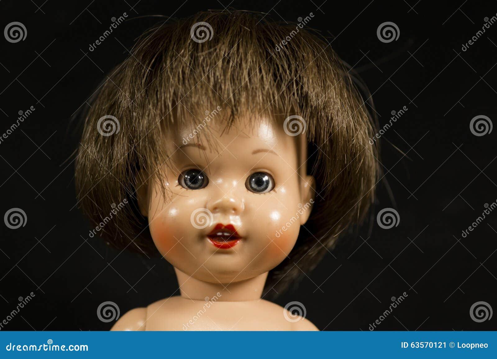 Framsida av en docka