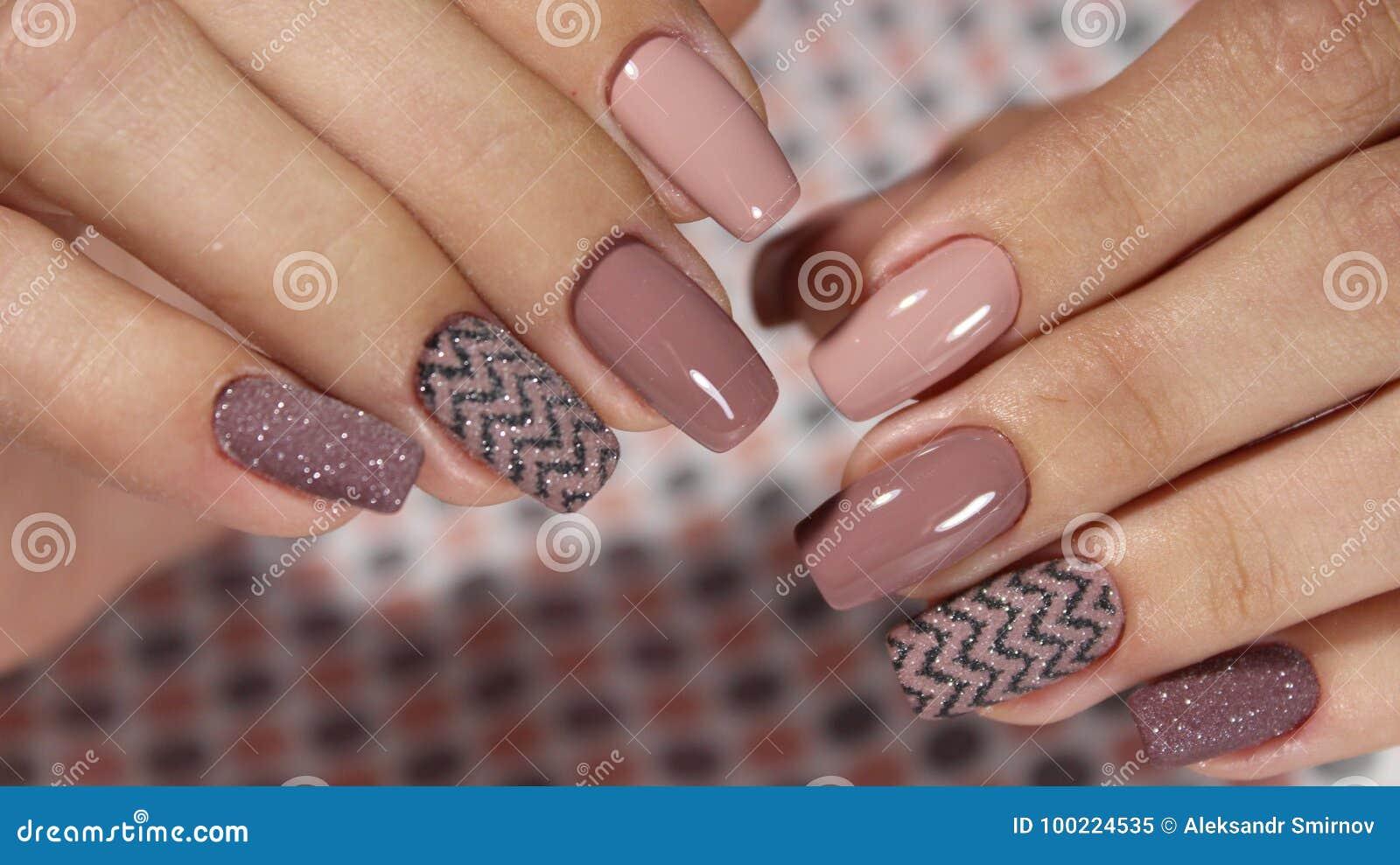 Manicure diseños francés