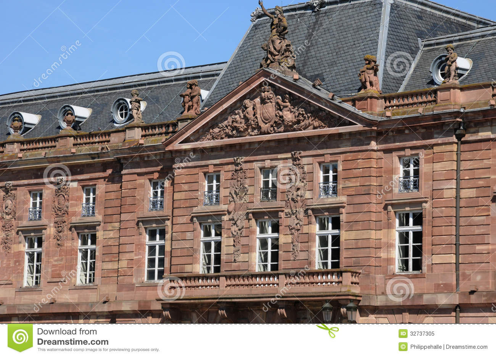 France l aubette in kleber square in strasbourg royalty for Alsace carrelage strasbourg