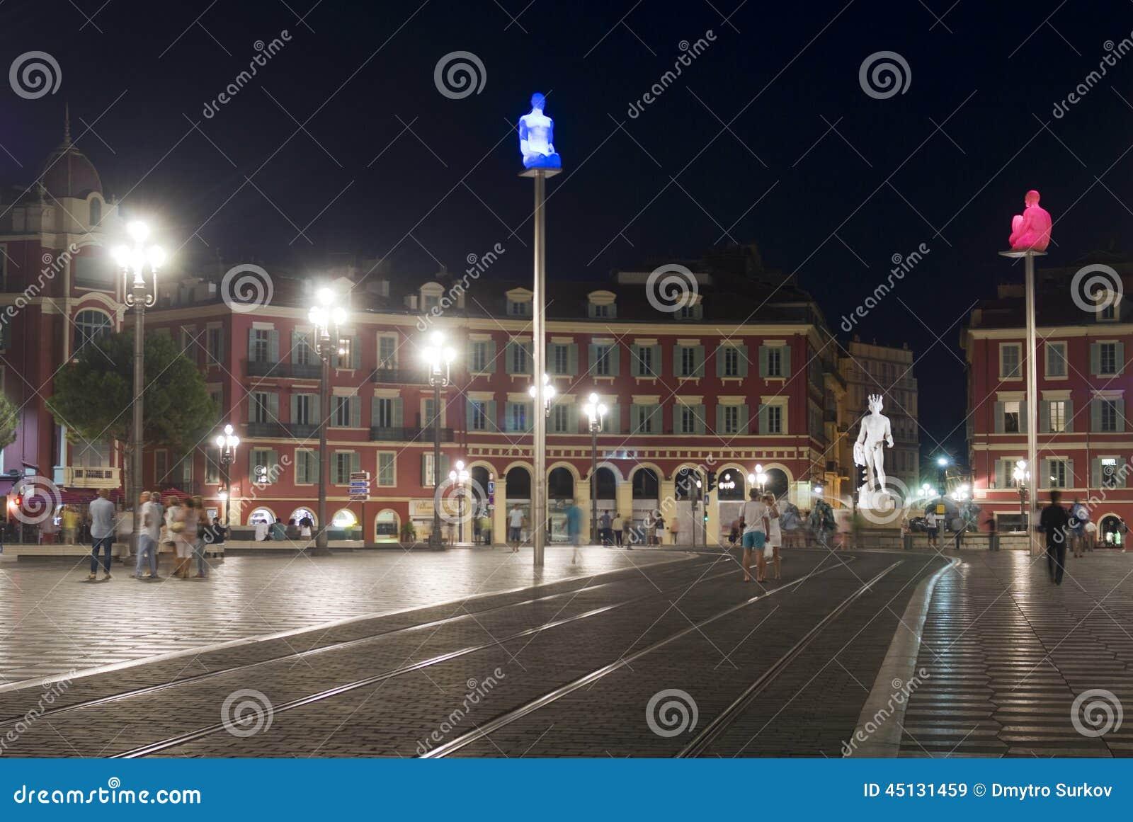 - france Massena kwadrat w nocy