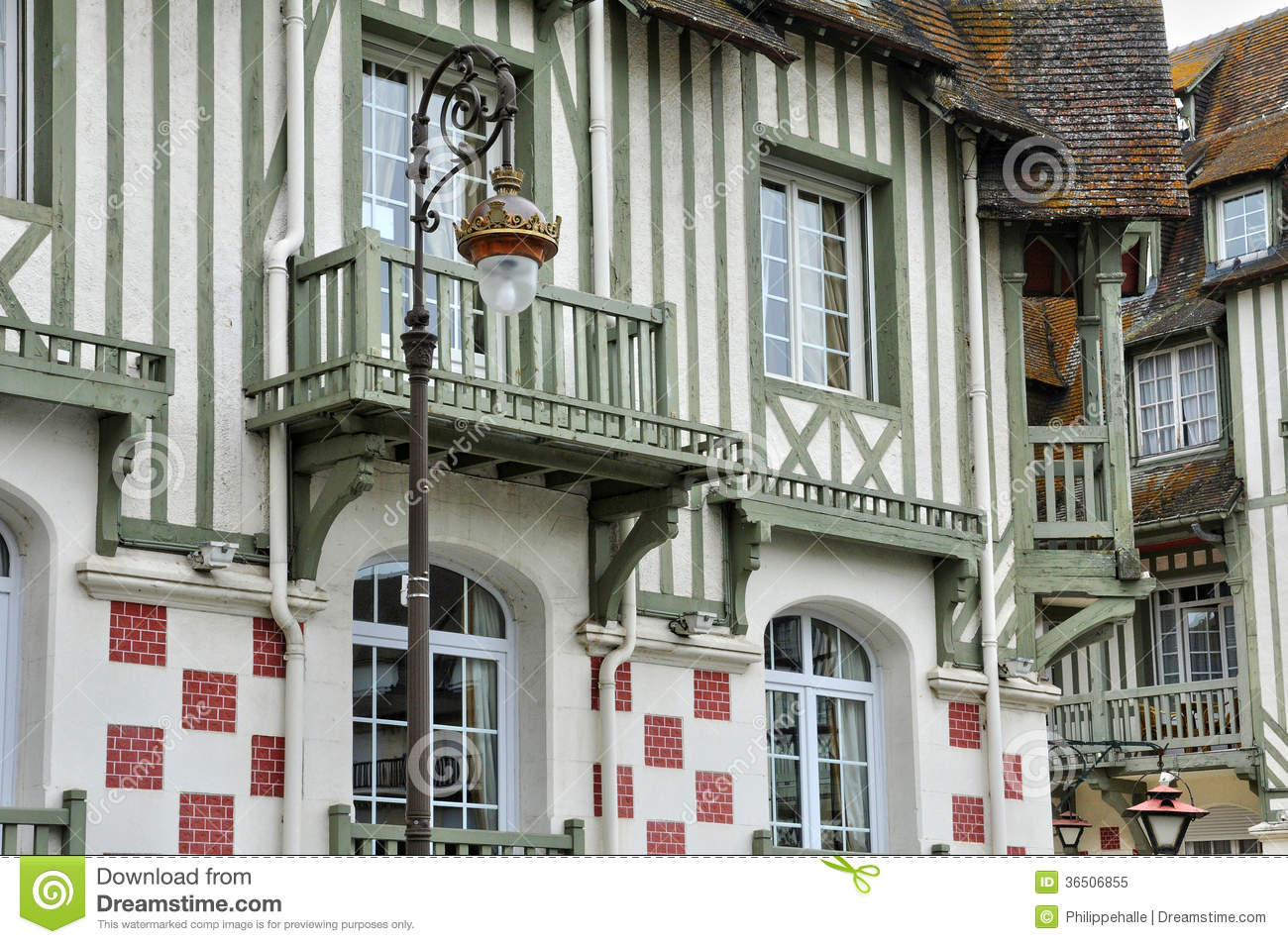 France picturesque city of deauville in normandie royalty for Design hotel normandie france
