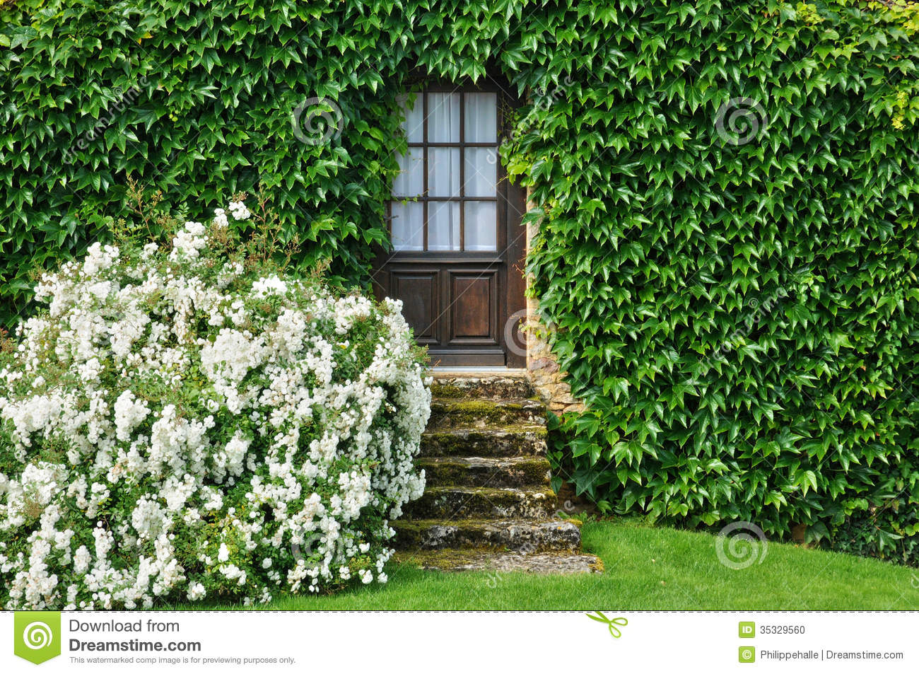 France picturesque jardins du manoir d eyrignac in dordogne stock photo image 35329560 - Jardin du manoir d eyrignac ...