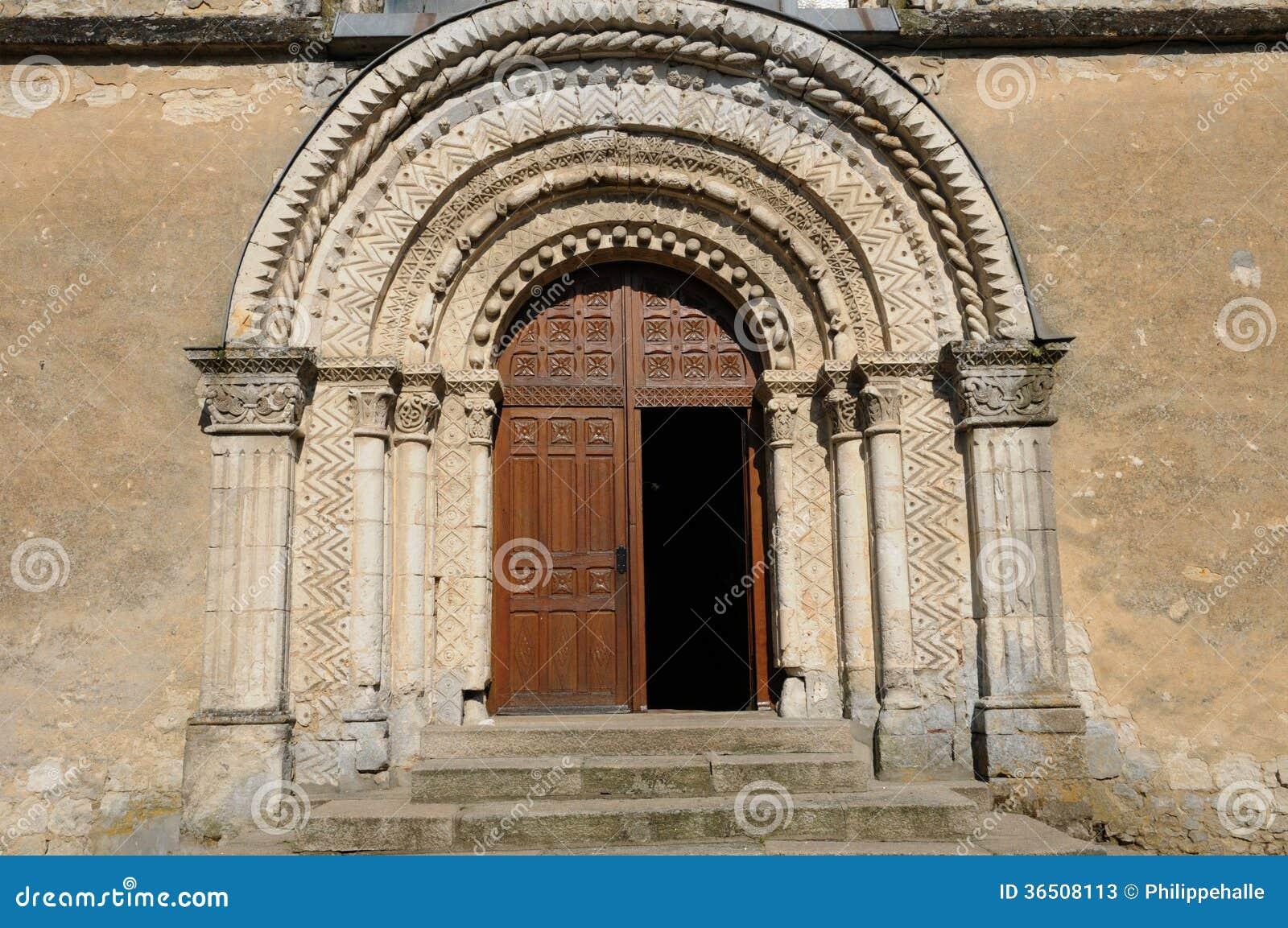 Frances, église historique de le Pin la Garenne