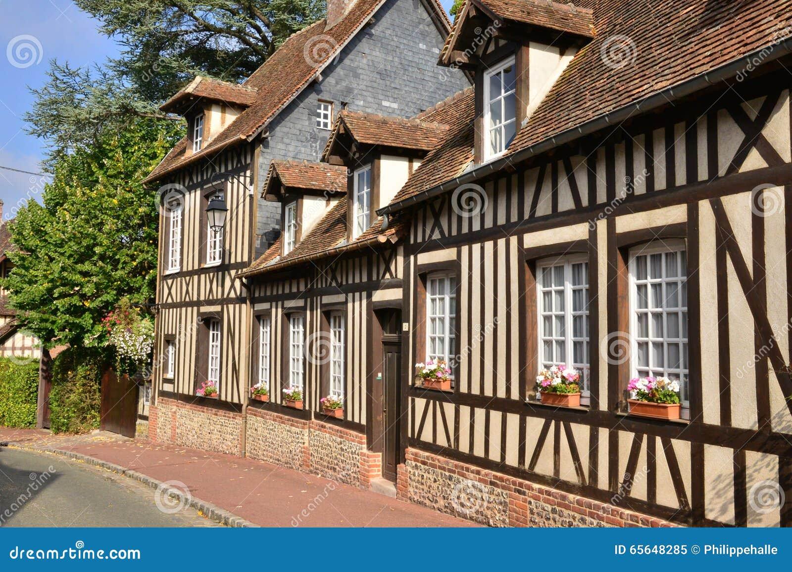 Frances, village pittoresque de La Foret de Lyon dans Normandie