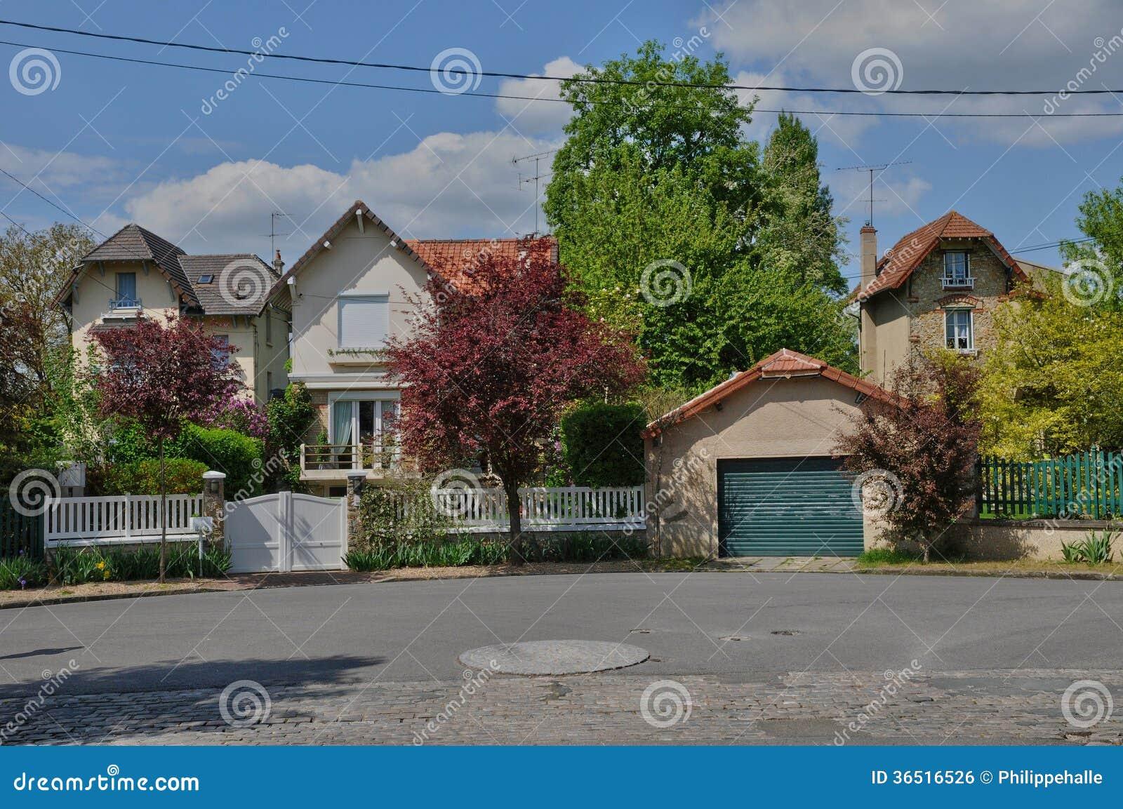 Frances, ville pittoresque de Poissy dans l Ile de France