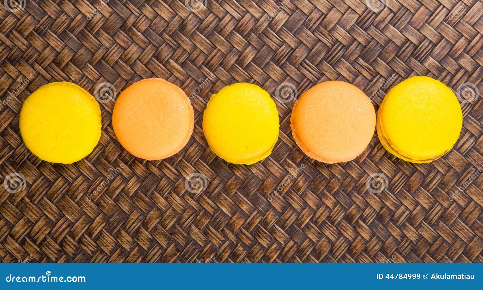 Francese arancio e giallo Macarons II