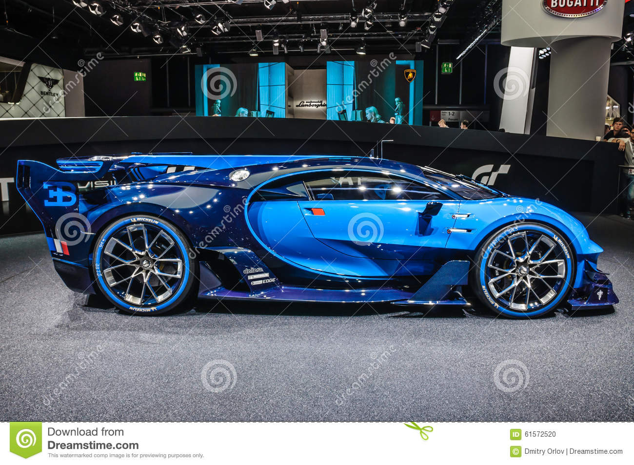 francfort septembre 2015 mamie turismo de vision de bugatti chiron a pr sent au moteur d. Black Bedroom Furniture Sets. Home Design Ideas