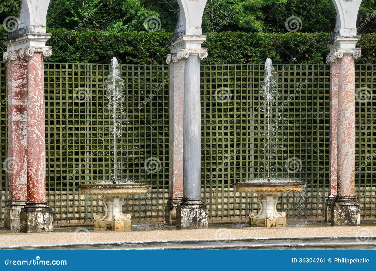 Francja, kolumnada gaj w Versailles pałac