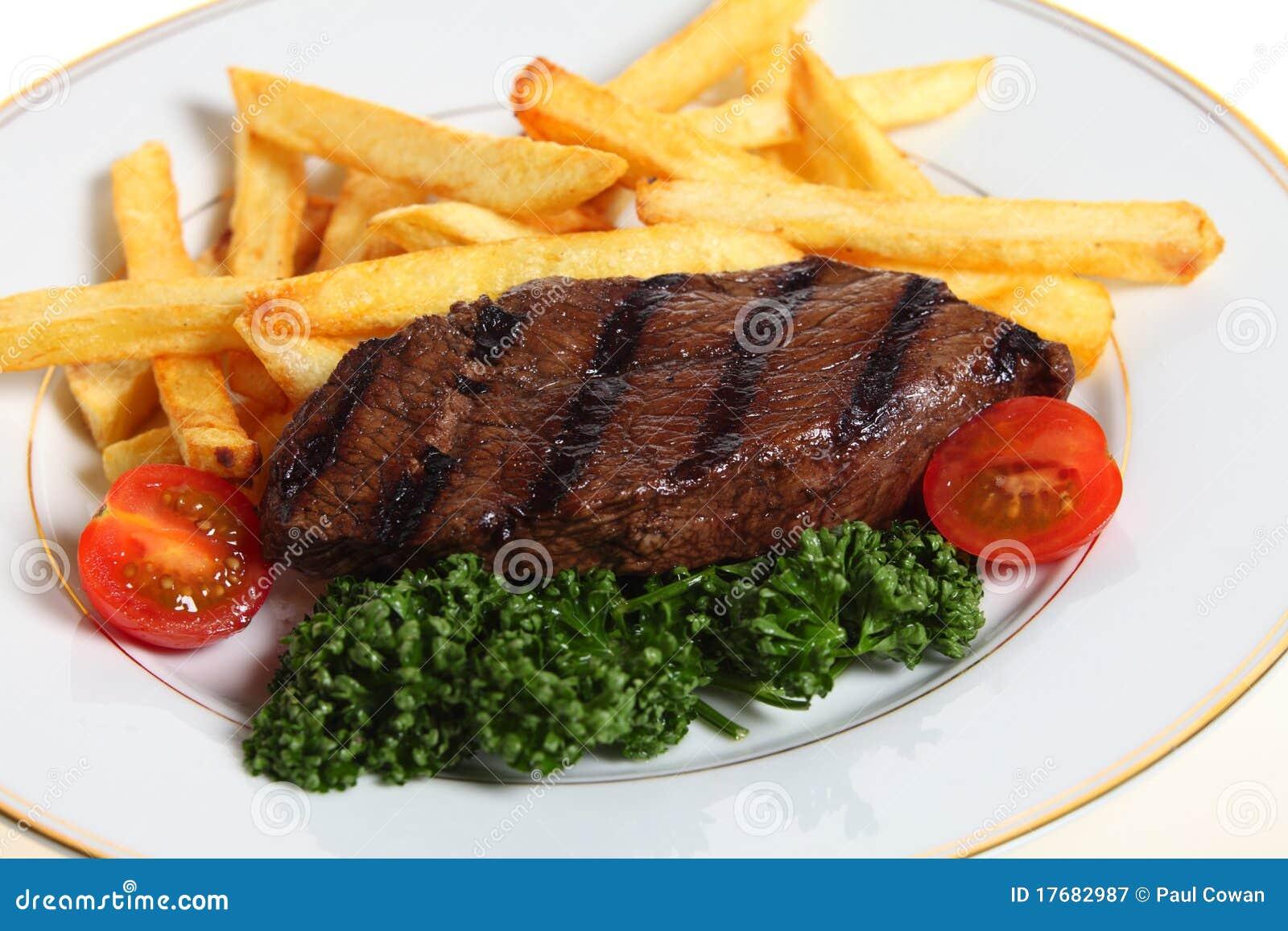 Francuz smaży stek